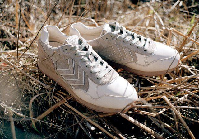 スニーカーは80年代のランニングシューズを復刻したマラソナをベースにデザイン
